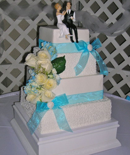 Four Square Tiers with Lace Design