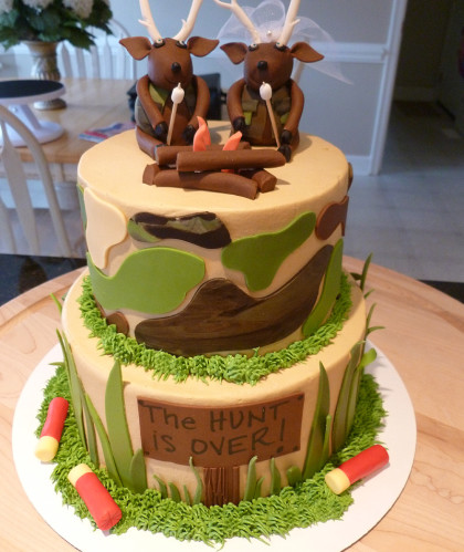 The Hunt is Over – Groom's Cake