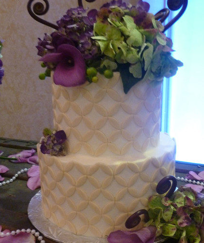 Two Tiers with Purple and Lattice