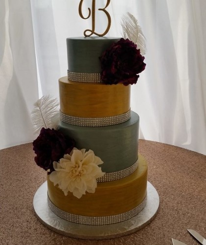 Four Tiers Gold and Silver