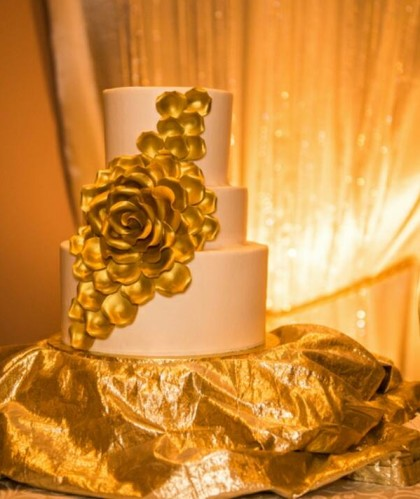Three Tiers with Gold Flower