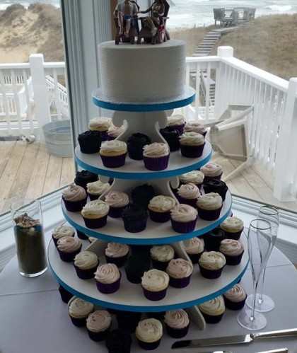 One Tier with Chocolate Cupcakes