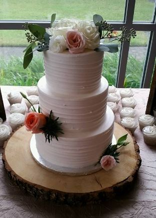 Simple Three Tier With Roses